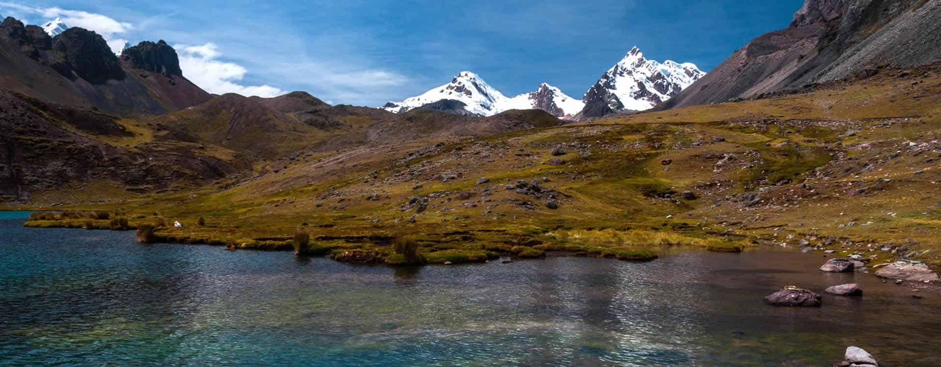 Hiking to 7 lagunas of Ausangate